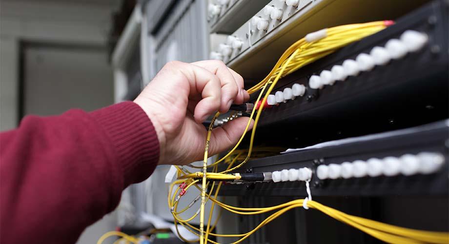 dauerhafte IT-Wartung aus Cottbus beugt Schäden vor